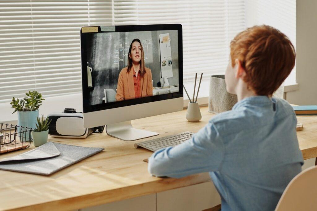 Efectos de la virtualidad en las clases online